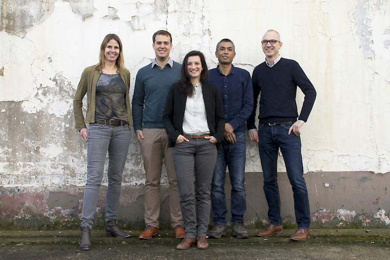Image - Team 2015  :  Carin ter Beek  -  Koen Vos  -  Elena Nicastro  -  Ruud Visser  -  Roel Lichtenberg